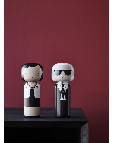 Poupée décorative en bois Kokeshi dédiée à Coco Chanel de Lucie Kass - L'interprète Concept Store